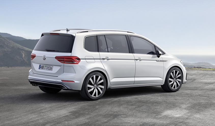 testfahrt vw touran mit den neuen 2 0 tdi und 1 4 tsi. Black Bedroom Furniture Sets. Home Design Ideas